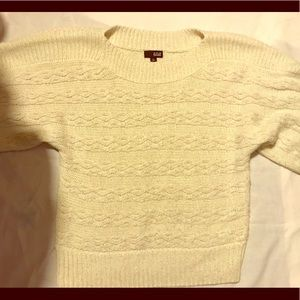 Women's short sleeve Sweater / Brand New!